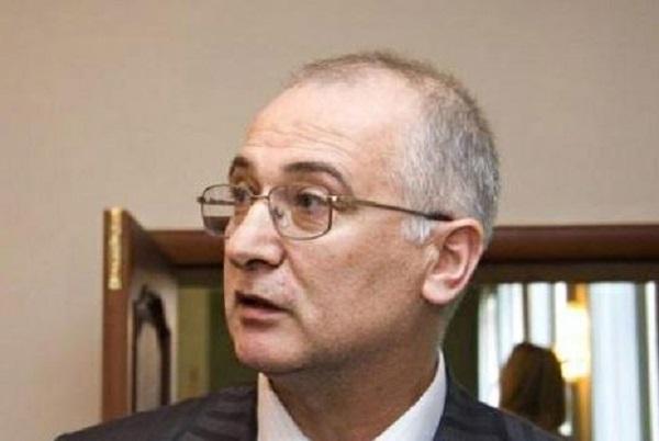 Сенатора Алиханова вернули в колонию через две недели после освобождения