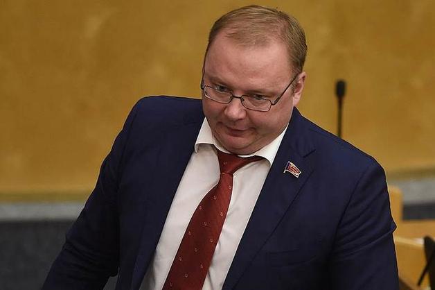 Обвиняемый в мошенничестве экс-депутат Паршин снова не пришел в суд