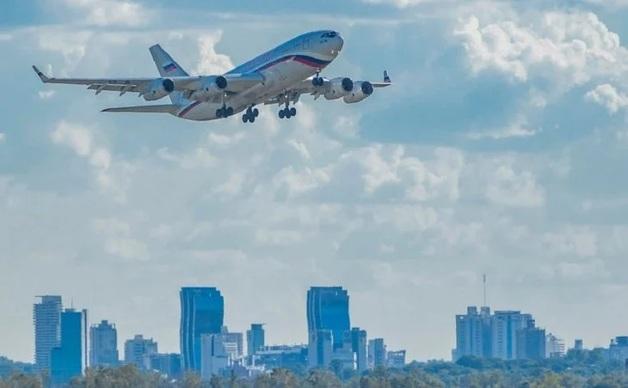 В Парагвае опровергли информацию о доставке самолетом РФ «вагнеровцев» в Венесуэлу