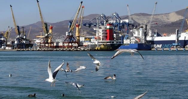 «Власти» Крыма признали ситуацию с портами катастрофической: один из них — на грани банкротства