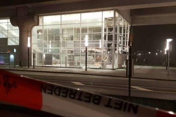 В метро Амстердама произошел взрыв, станцию перекрыли