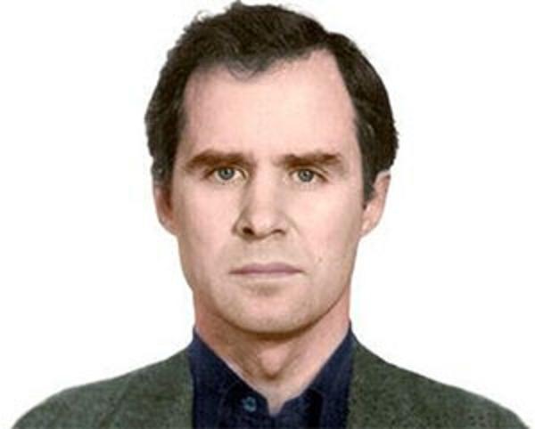 Бандит и уголовник Юрий Гущин и его Гута-банк продолжают свою бандитскую деятельность в России