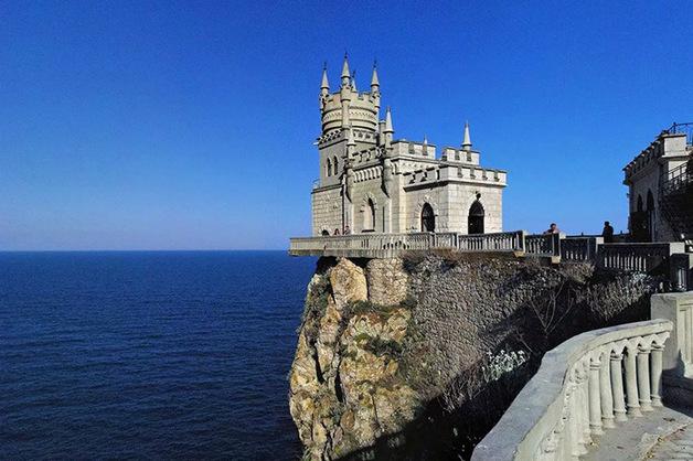 Зеленский заявил о возврате Крыма в состав Украины