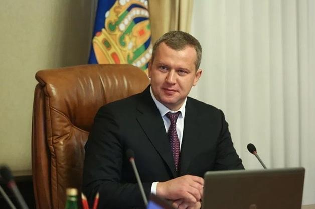 Отправленный Путиным в отставку губернатор Астраханской области перейдет в спецслужбы