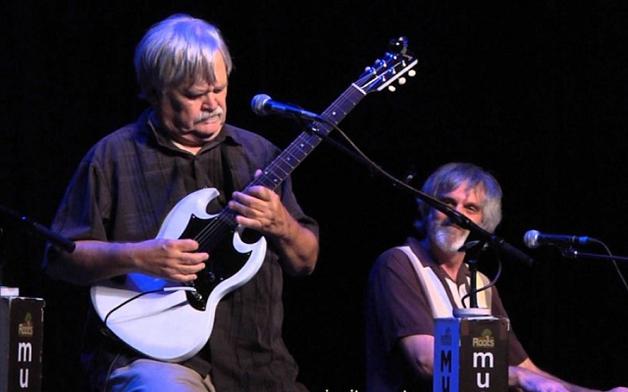 Известный рок-музыкант умер на концерте в честь своего юбилея