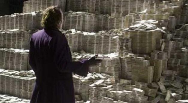 Банкиры-вредители увели в «тень» 42 млрд грн. Олигархи в доле
