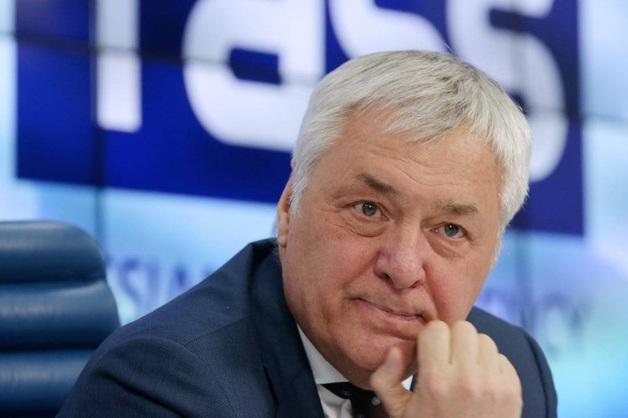 В Москве избили главу Фонда кино Вячеслава Тельнова