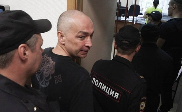 Экс-глава Серпуховского района Шестун порезал себе вены на заседании суда