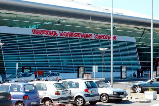 Авиакомпании зафиксировали массовую сдачу билетов на рейсы в Грузию
