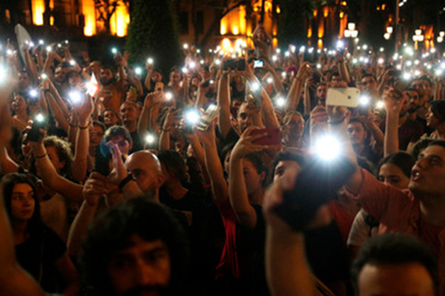 Власти Грузии пошли на уступки митингующим