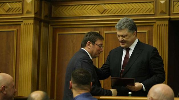 Воровские стрелочки: Воры Порошенко рассказали сколько украли воры Януковича