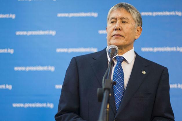 Лишенный статуса президента Киргизии Атамбаев обещал отстреливаться при аресте