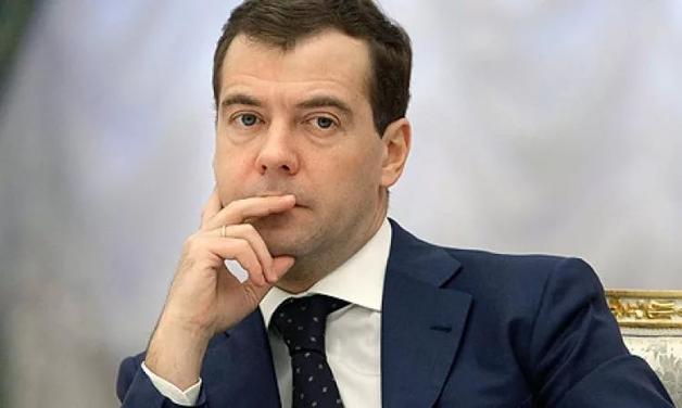 Школьник из Томска попросил Медведева уйти в отставку