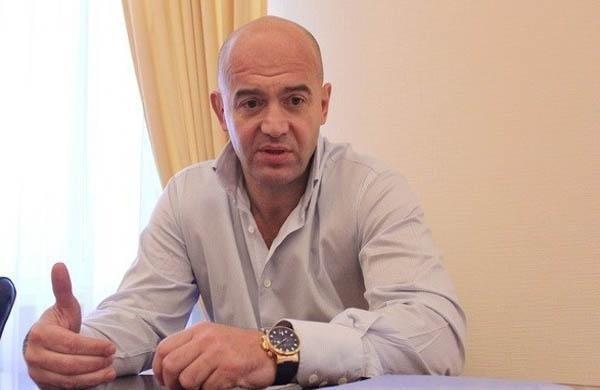 Игорь Кононенко на 94 округе вместе с местными чиновниками и КГГА зарабатывает миллионы на 5 полигоне бытовых отходов, который является эпицентром экологического бедствия области!