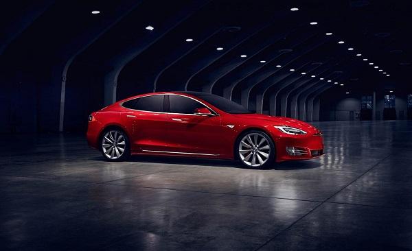 CNN: Tesla устанавливает новый рекорд по продажам