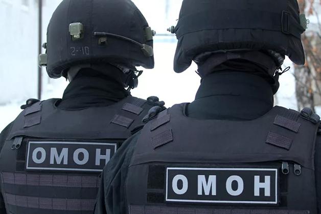 Жительница Москвы обвинила сотрудника ОМОНа в регулярных избиениях