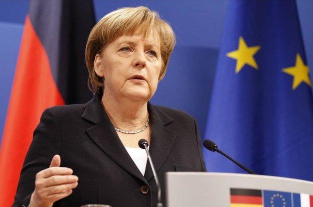 Депутат Бундестага потребовал от Меркель пройти расширенный медосмотр