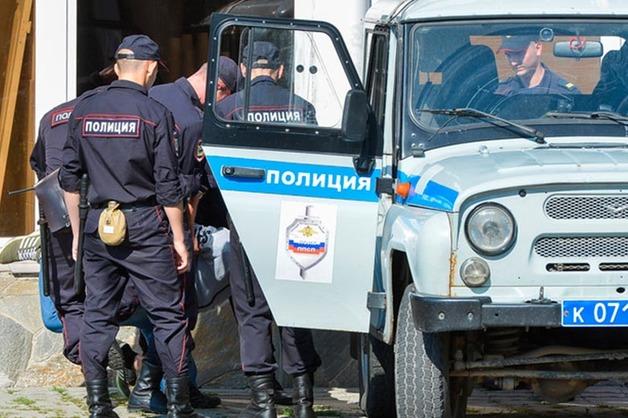 В Магнитогорске полицейский за взятку пытался скрыть преступление