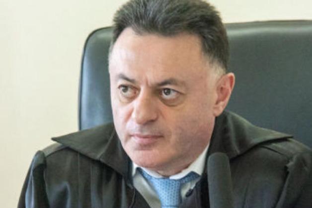 В Армении обыскали кабинет судьи, освободившего из-под стражи экс-президента
