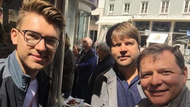 Ляшко вернулся из Вены, обматерил журналистов и пересел на бронированный Mercedes