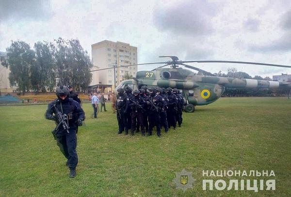 На округ, где избирался Пашинский, вылетел вертолет со спецназом