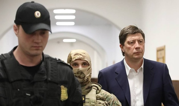 Алексей Хотин ответит и за хищение средств «Открытия»?