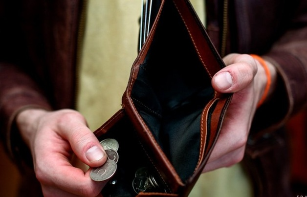 Большинству россиян не хватает денег до зарплаты