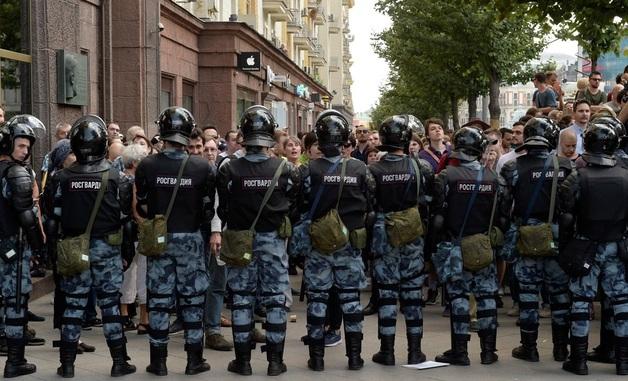 Разгон акции за честные выборы в Москве: фото и видео