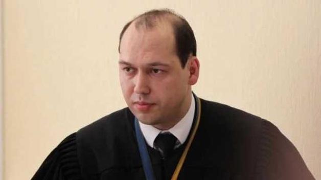 Одиозный судья Печерского суда Сергей Вовк противозаконно заблокировал более 20 проукраинских сайтов