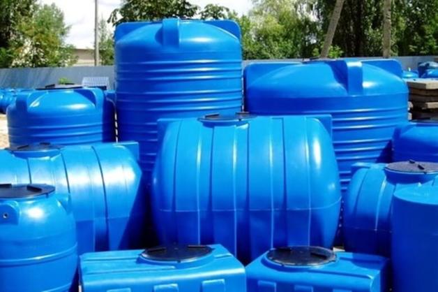 Три российских банка вывели миллиард рублей под залог бочек с водой