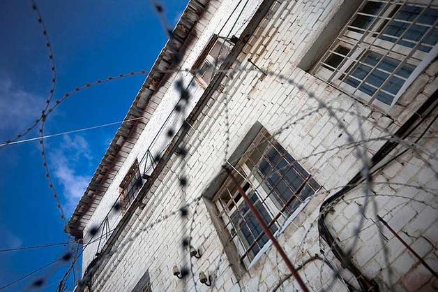 За забитого насмерть подростка 10 сотрудников Белореченской колонии осуждены на 49 лет