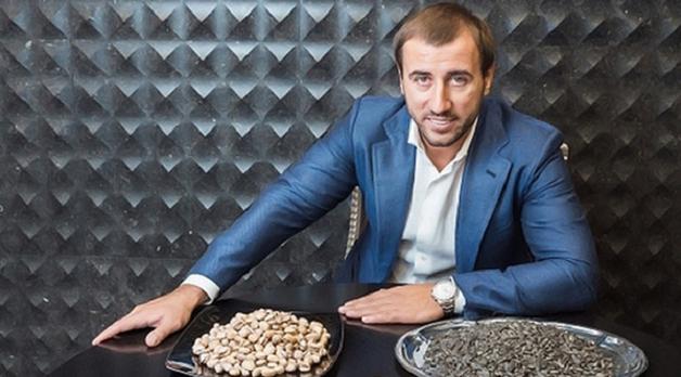 Соратник Ляшко построил бизнес на снеках в России