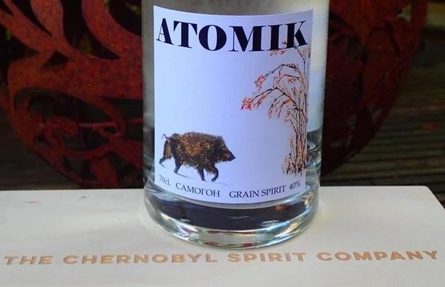 Ученые создали из чернобыльской воды и пшеницы крафтовый самогон «Атомик»