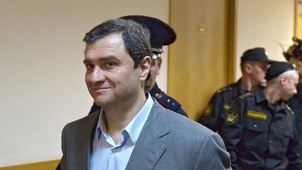 Фигурант «дела реставраторов» банкир Олег Григор будет дожидаться суда дома