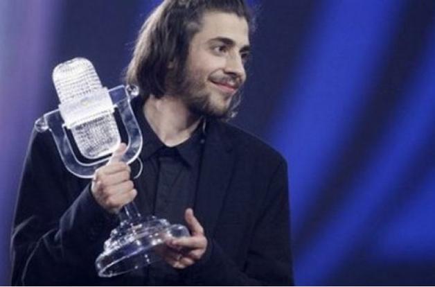 Победителю Евровидения Сальвадору Собралу врачи дают не больше года жизни