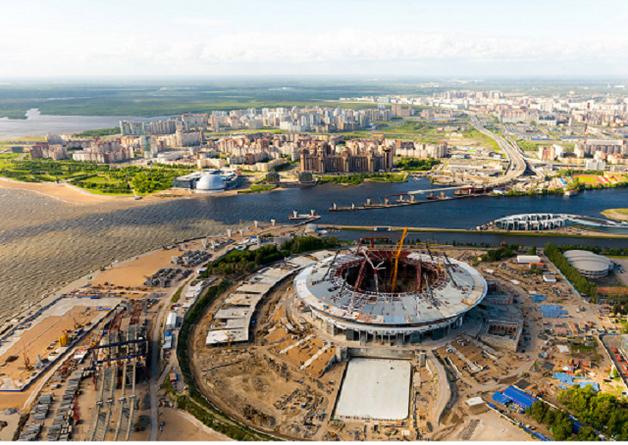 Российский позор: площадка скандальной арены за миллиард долларов превращается в болото
