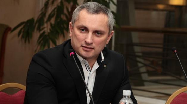Угрозы для украинцев: «синие киты» и российские соцсети, а также уголовники из Донецка и Луганска