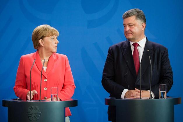 Порошенко в Берлине ожидает непростой разговор с Меркель