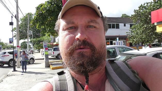 Отбивавшийся от самосуда мексиканцев россиянин застрелил одного из нападавших и ранен сам