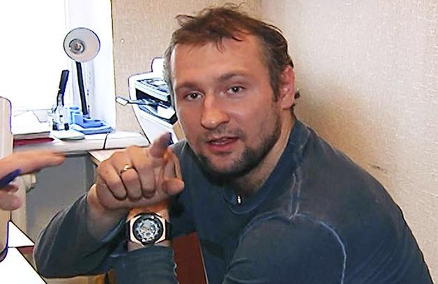 103 биткоина разлучат хоккеиста Мусатова с гимнасткой Канаевой