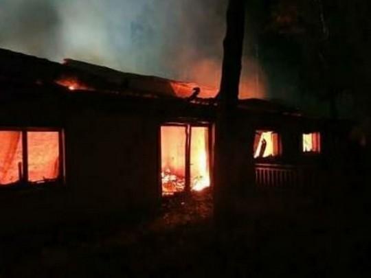 Под Киевом сожгли дом Гонтаревой: фото с места ЧП