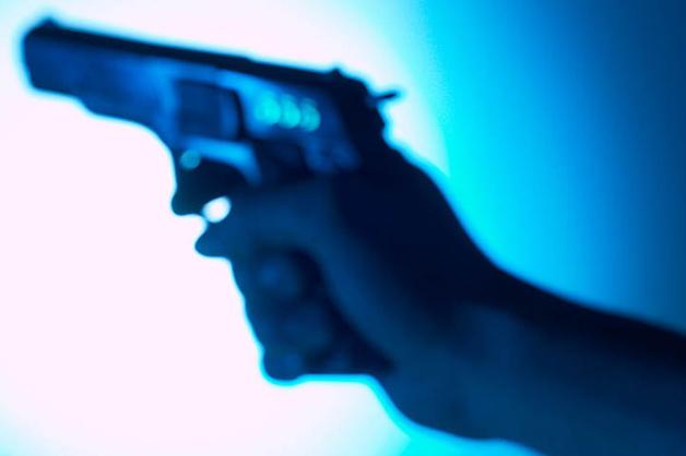 У 37-летнего водителя Infiniti изъяли пистолет для спецподразделений ФСБ