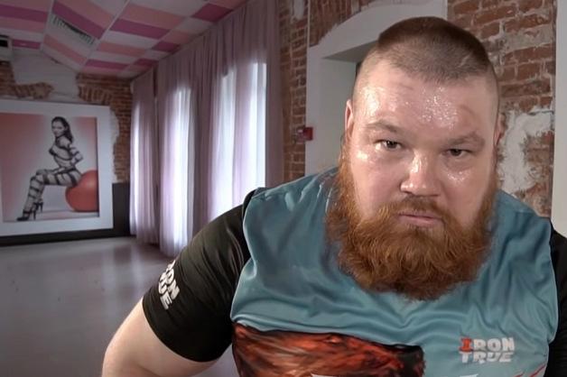 Боец ММА Дацик попал под обстрел в Петербурге