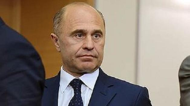 """Обнародованы самые """"жирные"""" должности в Управлении делами президента"""