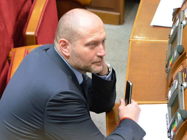 Откуда деньги?: Нардеп Б.Береза заинтересовал СМИ покупкой квартиры в Киеве