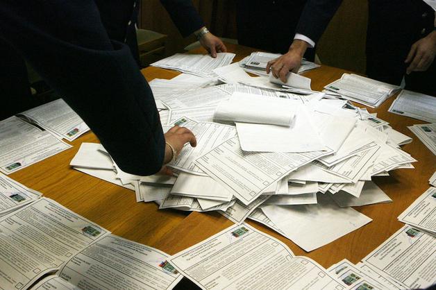 Госдума перенесла выборы президента на день присоединения Крыма и отменила открепительные