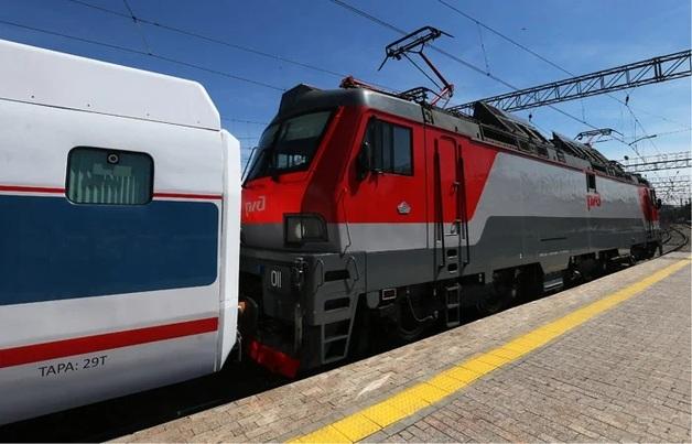 В РФ сотрудников посольства США сняли с поезда недалеко от места ядерного взрыва