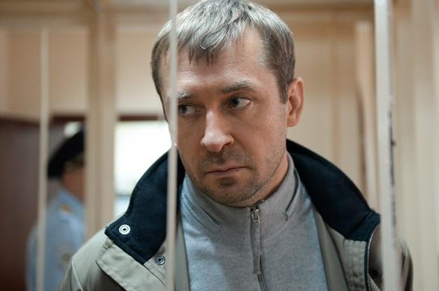 Полковнику-миллиардеру Захарченко, осужденному на 13 лет «строгача», смягчили приговор