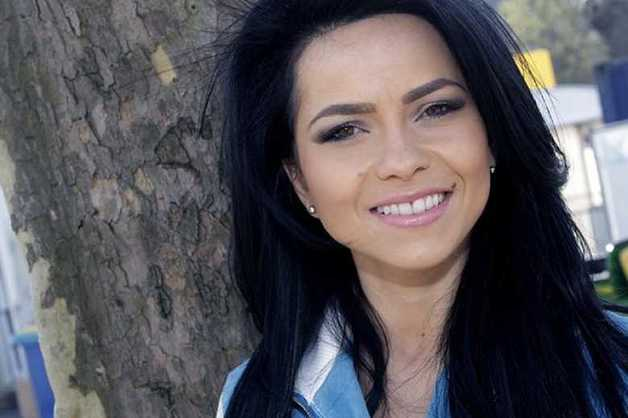 Полиция проверяет информацию о пропаже румынской певицы и ее коллектива в Москве