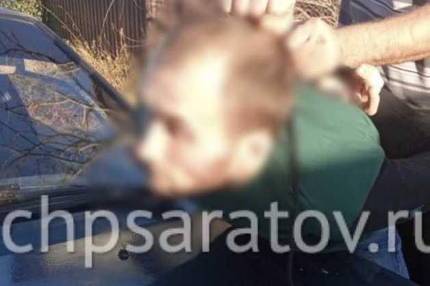 Под Саратовом отец поймал педофила, схватившего его маленькую дочь